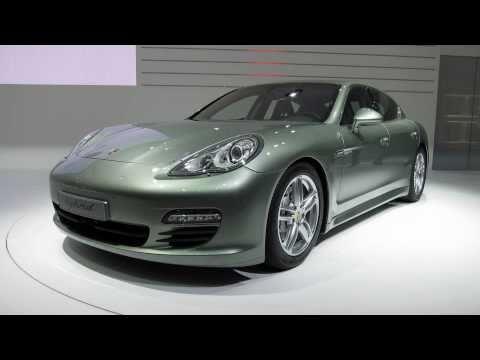 2012 Porsche Panamera S Hybrid (2011 Geneva Auto Show)