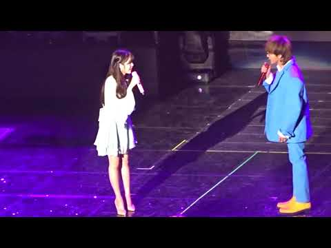 [ENG SUB] [2017 12 09] IU And G Dragon Talk At IU's Palette Concert