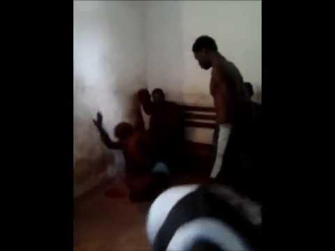 La Police Conglaise Qui S'amuse Avec Leurs Victimes ( Congo Police ) video
