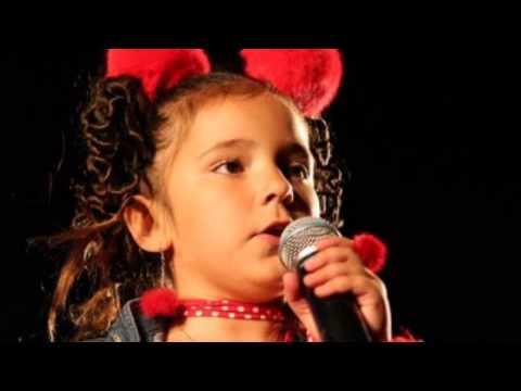Maria Figueroa - Yo Tengo Mi Pom Pom video