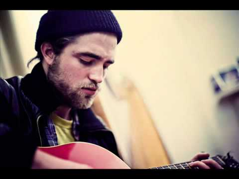 Robert Pattinson Performs At Sofarsounds   Its All On You With  Below