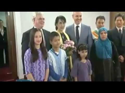 U2BR.COM - Vídeo em homenagem à Aung San Suu Kyi