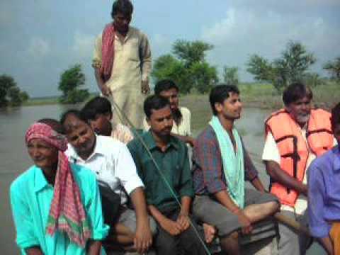 Polio vaccination during floods: Kosi basin, Bihar, India, 2007