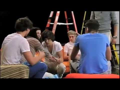 1d and zac efron funny moments