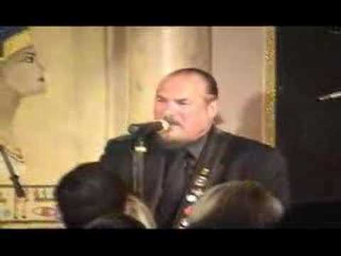 Right On Live with Steve Cropper - The Dock of the Bay