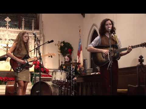 Mandolin Orange - These Old Wheels