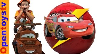 GIANT EGGS DISNEY PIXAR CARS SURPRISE EGG 2 LIGHTNING MCQUEEN  AND TOW MATER DISNEY  TOYS