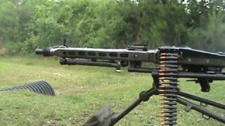 MG42 shooting quick burst