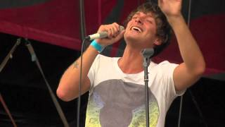 Watch Paolo Nutini Alloway Grove video