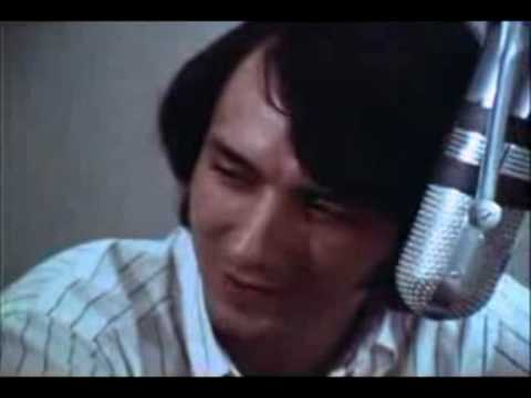 THE MONKEES - Listen To The Band