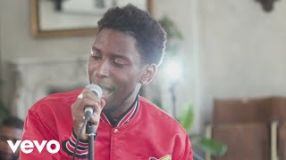 Samm Henshaw - How Does It Feel? (Live Red Bull See.Hear.Now session)