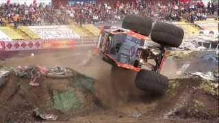 MONSTER JAM COSTA RICA 2012 - LO MEJOR DE MAXIMUM DESTRUCTION