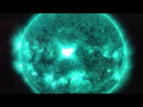 Extreme Solar Flare Storm Approaches Earth (Apocalyptic Signs)