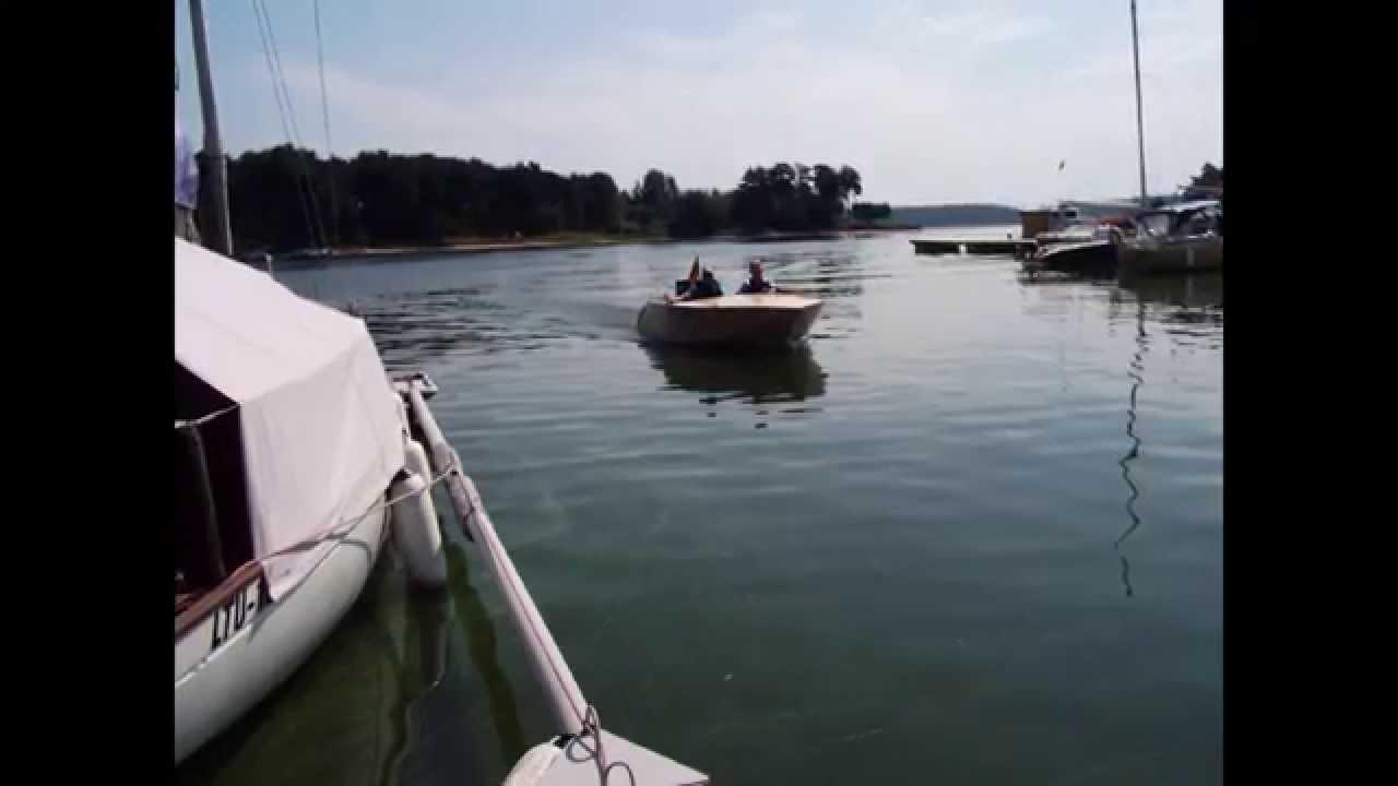Skeeto plywood boat - YouTube
