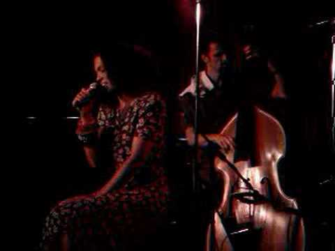 Amel Larrieux - No One Else (Live 9/25) Video