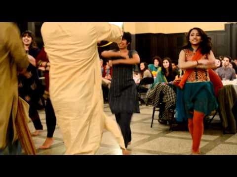 Sadi Gali Dance at Carleton College
