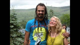 Watch Michael Franti Anybody Seen My Mind video