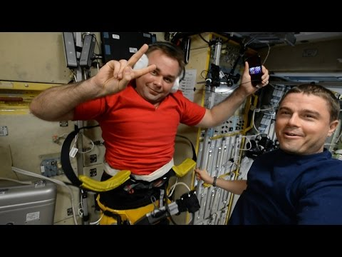 MOST FUNNY AND CRAZY ISS TOUR!!!