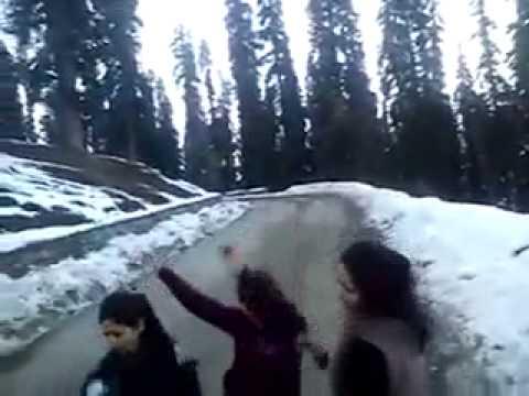 Kashmiri Girls Dance video
