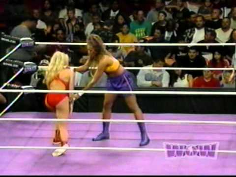 Women Of Wrestling - Episode 7: Part 2 - Slam Dunk Vs Summer video