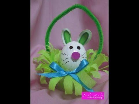 Manualidades conejo de pascua relleno con confites de - Manualidades con papel de colores ...