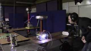 Running The Tesla Coil at Cambridge Teslathon 2015