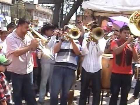 BANDA TIERRA SAGRADA EN SAN GREGORIO ATLAPULCO 2012 1° PARTE