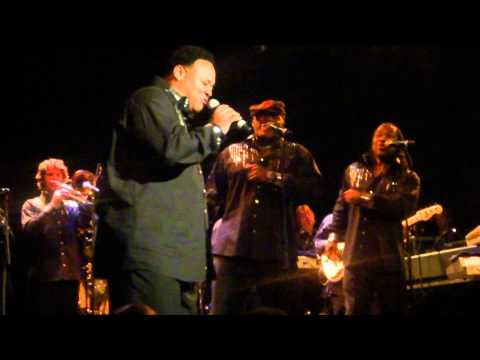 Earth Wind&Fire ft. Al McKay - Got to get you into my life - live in Zurich at Kaufleuten 1.12.10