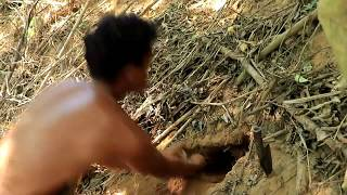 Adventure in Forest - find traditional food in jangle,  .Snack vs man.  Mh tv, Python,snack,