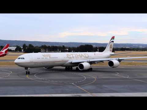 Ethiad A340-600 fuel diversion flight into Adelaide Airport Jan 10