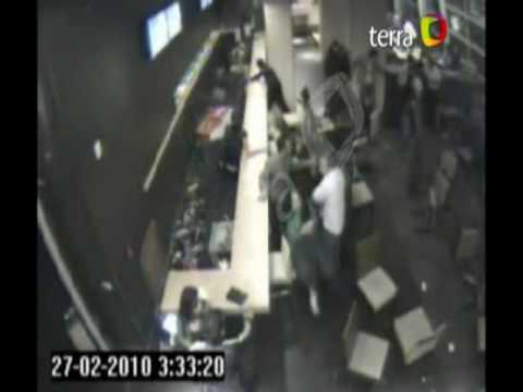 Inédito video muestra el terremoto de Chile, en el piso 12 de un hotel en Valdivia