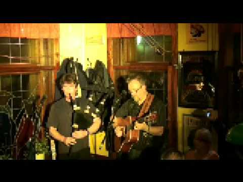 Moist-Corner in Suhl präsentiert Ian Bruce&Victor Besch