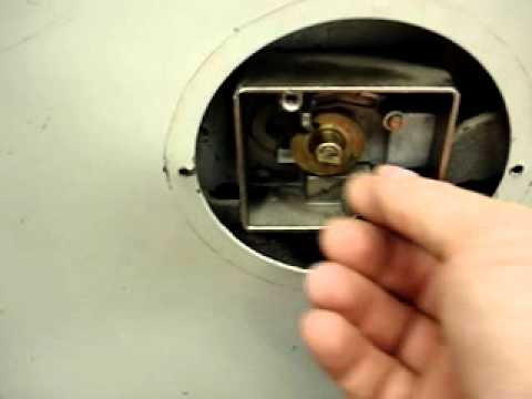 How to open old combination safe