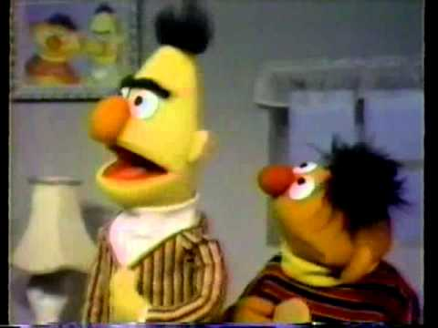 Sesame Street - Ernie convinces Bert to share his cookie