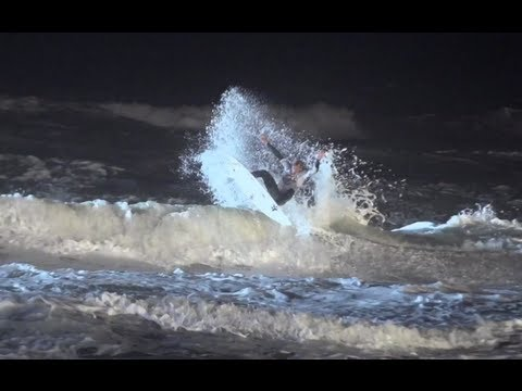 Night Surfing in Florida – Red Bull Night Riders 2012 USA