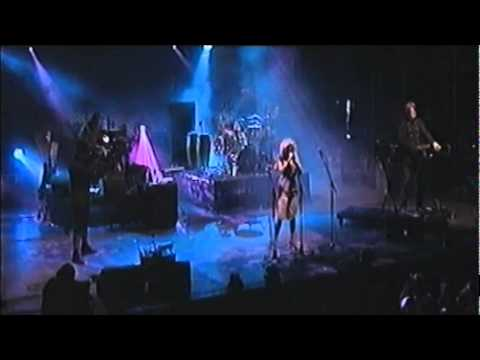Goldfrapp - Paper Bag [Live at La Route du Rock '01]