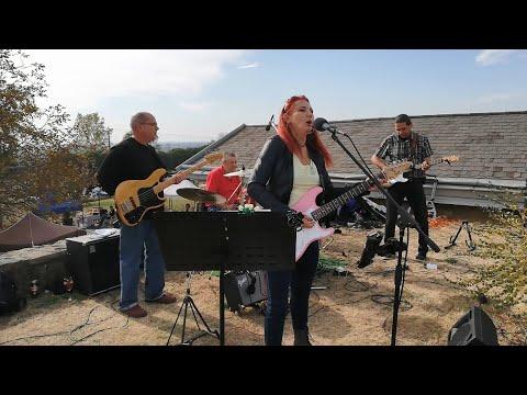 Zenegép Zenekar: Mercedes Benz (Janis Joplin cover)