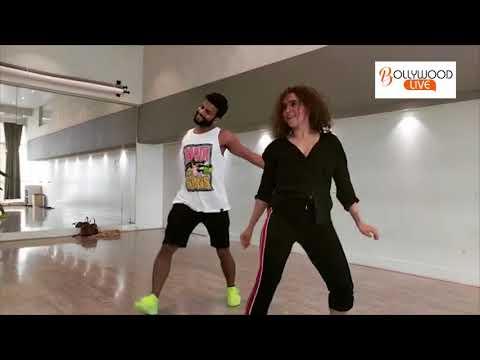 Sanya Malhotra Hot Dance with Chorographer Shazeb sheikh !! Bollywood Live thumbnail