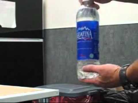 Как сделать заначку в бутылке