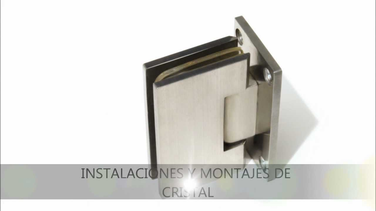 Herrajes de acero para puertas de cristal en cocinas y for Herrajes para muebles de bano