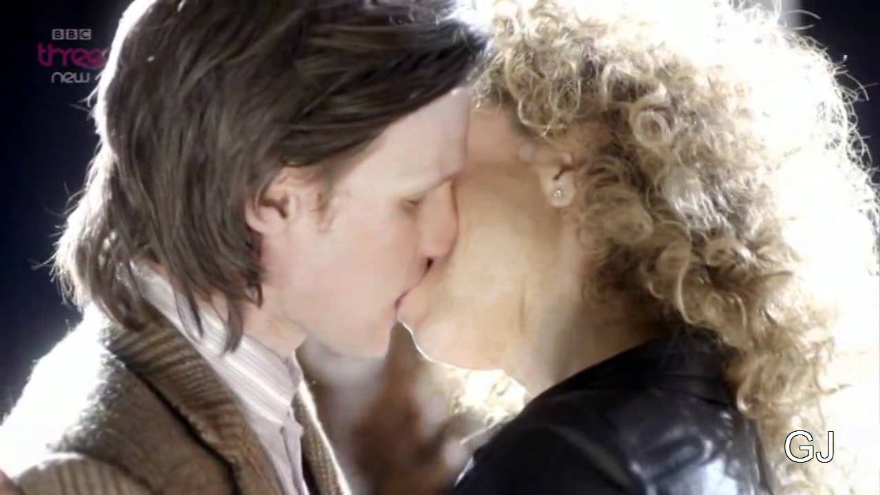 The Doctor And River Kissing You Extended Finale Kiss