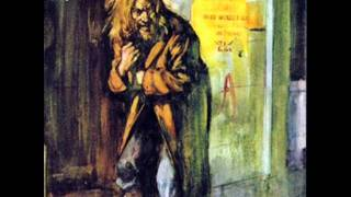 Watch Jethro Tull Aqualung video