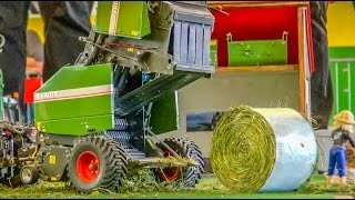 Stunning REAL WORKING(!) RC hay baler in Action!