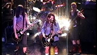 Watch 4 Non Blondes No Place Like Home video