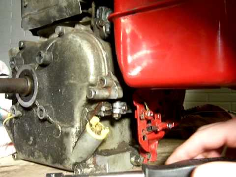 Briggs and Stratton 5HP  - Governor Adjustment - Model 135202