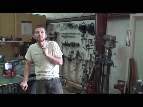 LFE and Mr Pete (tubalcain) how to run a metal lathe