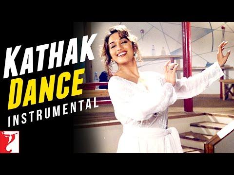 Kathak Dance - Madhuri Dixit - Dil To Pagal Hai