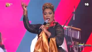 Lady Zamar and Zodwa Wabantu opened the #DStvMVCA with a BANG!