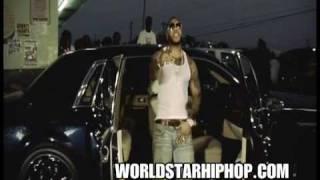 Watch Flo-rida Magic video