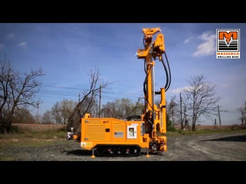 MI3, fully radio remote drilling rig for geotechnical investigations and small water wells